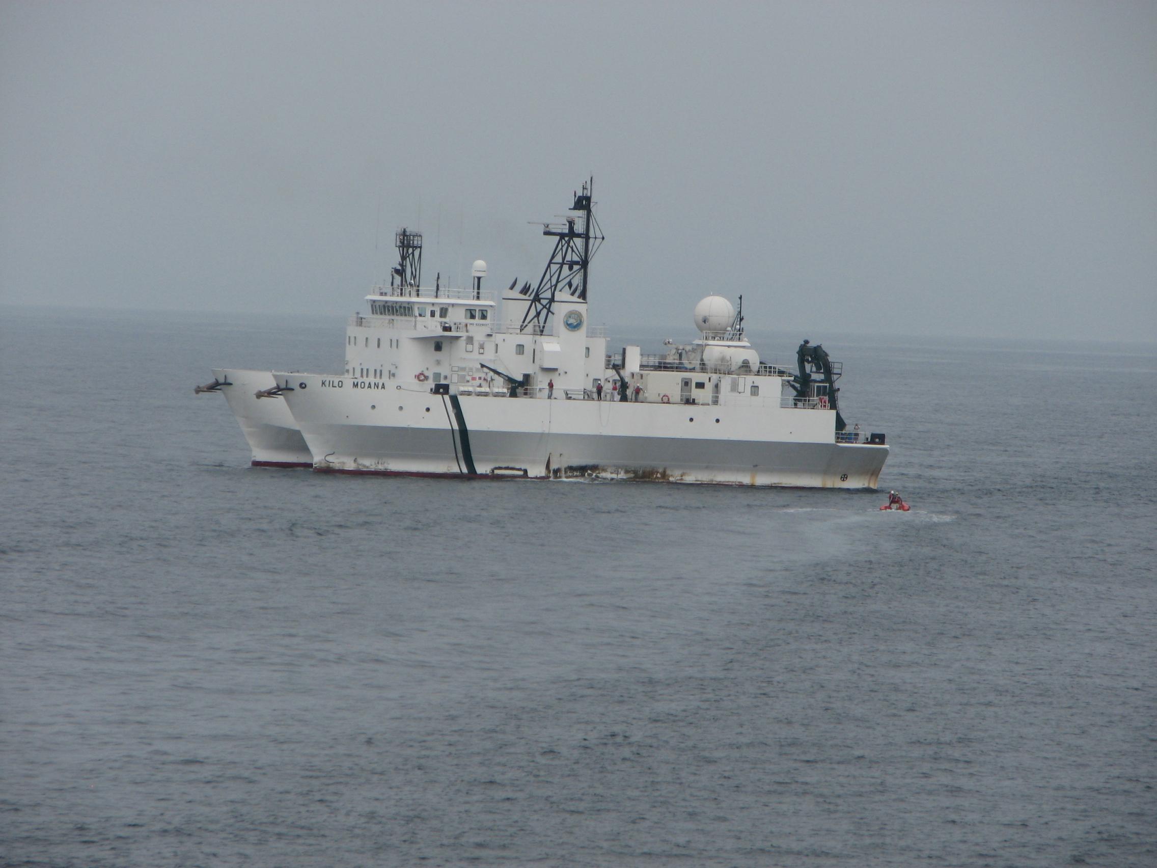 RADYO Boat