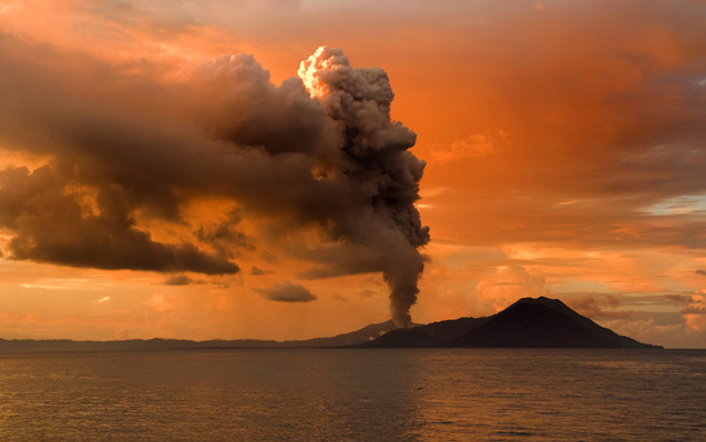 A new statistical method inspired by economics is helping scientists identify old volcanic eruptions through temperature changes. Photo: Taro Taylor/CC-BY-2.0