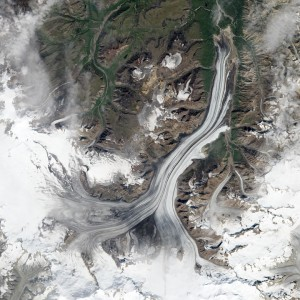 A big landslide in Alaska's Wrangell-St. Elias range in July was detected using the global seismic network. (NASA)